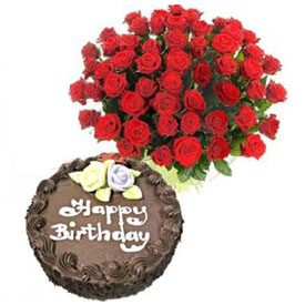30 Red Roses & Chocolate Cake